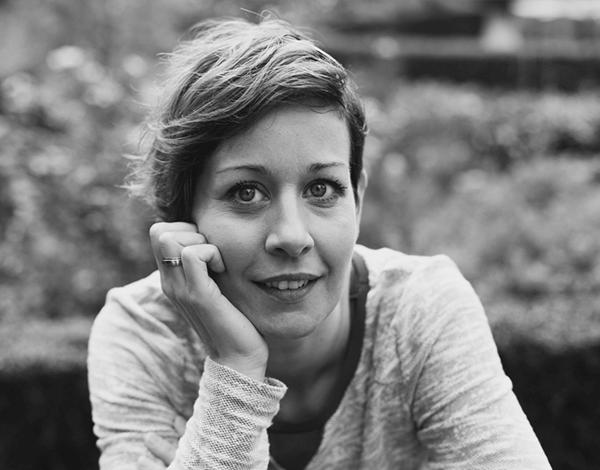 Portret Evelyne